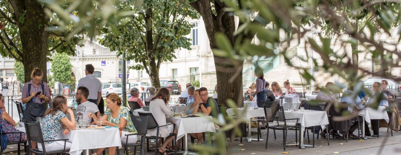 Restaurant Aristide Place Aristide Briand Nantes